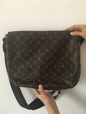 "Borsa Tracolla ""Louis Vuitton"" modello Messenger originale"