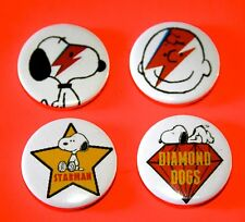 X4 SET OF SNOOPY PEANUTS BOWIE INSPIRED PIN BADGE