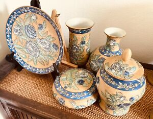 Thailand Cheramic Pottery Collection.