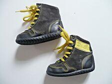 """boots  """" D&G Junior """" pointure 20 chaussures montantes lacet  bébé garçon"""