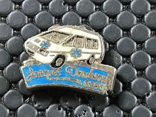 PINS PIN BADGE CAR RENAULT ESPACE AMBULANCE