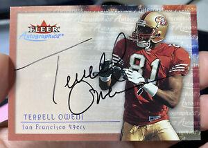 2000 Fleer Autographics Terrell Owens San Francisco 49ers on Card Autograph