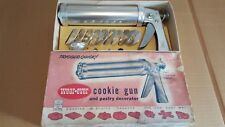 Wear Ever Cookie Gun and Pastry Decorator USA made 1950s 3365 Vintage