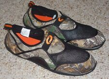 MENS SIZE 10 CAMO REALTREE AQUA SOCKS / WATER SHOES - BRAND NEW