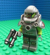 Lego Alien Spaceman Minifig Blaster Space Laser Conquest Figure 71000 Series 9