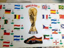 Fußball WM 1982 Spanien - Aufkleberbogen aller Teilnehmer + Pokal