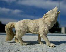 Wolf aus Horn geschnitzt !