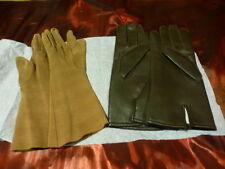 taille moyenne gants marrons ,vynil +une paire   a réparer offerts ! à saisir