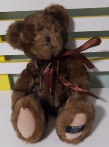 BOYDS BEARS 25TH ANNIVERSARY TEDDY BEAR PLUSH TOY! SOFT TOY ABOUT 26CM SEATED!