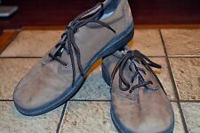 r- SHOES MENS SZ 9.5 BROWN LEATHER LACE UP LOAFERS GENTLY USED