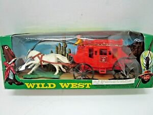 VINTAGE WILD WEST WESTERN EXPRESS STAGECOACH PLASTIC PLAY SET IN BOX HONG KONG