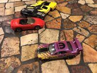 2016 Hot Wheels Speed Graphics Dodge Challenger Drift Car Purple