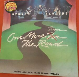 LYNYRD SKYNYRD *ONE MORE FROM THE ROAD* DOUBLE GATEFOLD ALBUM 1976 MCA RECORDS