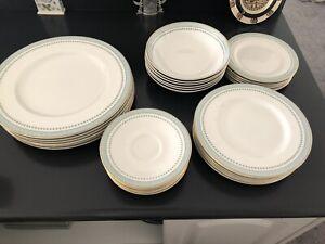 Royal Doulton Berkshire TC1021 30 Piece Dinnerware Setting Service