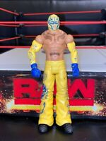 REY MYSTERIO WWE Mattel action figure BASIC Series toy PLAY Wrestling YELLOW