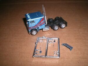 Con Cor HO scale Freightliner Double Bunk Cabover Tractor, Blue, NWOB