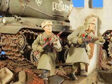 """Verlinden 1/35 """"Death Run"""" Soviet Russian Infantry Attack WWII (2 Figures) 2602"""