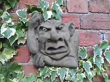 STONE GARDEN UGLY FACE THINKING GARGOYLE GOBLIN WALL PLAQUE / TILE ORNAMENT