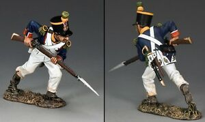 KING & COUNTRY AGE OF NAPOLEON NA280 FRENCH VOLTIGEUR CHARGING WITH BAYONET MIB