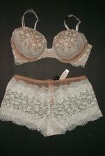 NWT Victoria Secret Very Sexy Crochet Lace Push Up Bra  Shortie Panty Set 34D S