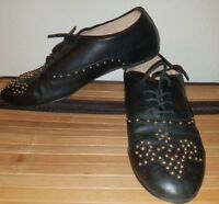 Wanted Shoes Women's Babe Oxford Shoe Rounded Toe Dress Lace Up Sz 8 STUDDED BLK