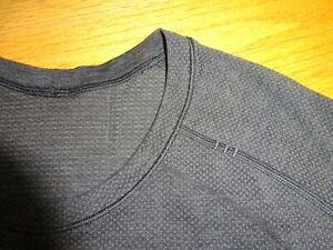 Men's Lululemon Gray T-Shirt Size M