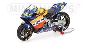 MINICHAMPS 122027146 Honda RC211V – Valentino Rossi – Repsol Honda – Motogp 2002
