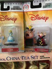 Alice In Wonderland Disney Nano Metal Figures Die Cast Queen Of Hearts Alice Nip