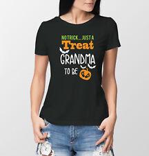 Halloween Pregnancy reveal Grandma to be black T-shirts set. baby announcement.