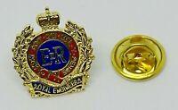 Royal Engineers MOD licensed lapel pin badge 031
