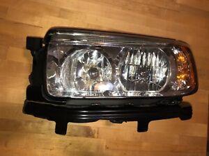 2006-2008 Subaru Forester Left Drivers Side Halogen Headlight
