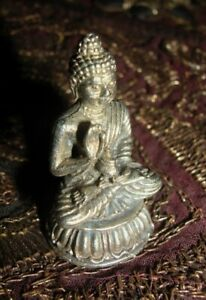 Schöne ALTE tibet. Miniatur Buddha-Statue SILBER