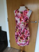 Ladies OASIS Dress Size 10 Floral Pink Mini Wiggle Pencil Wedding Races Party