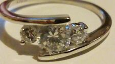 STUNNING 9ct 375 White Gold Trilogy Ring with White Stones. NEW, RRP £130*****