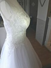White lace wedding dress size 12