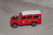 solido plastique et métal / land rover pompier (secours en montagne)
