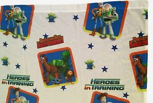 """Toy Story Disney Twin Flat Bed Sheet 66""""x96"""" Woody Buzz Heroes In Training Rare"""