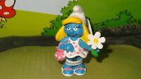 Smurfs Smurfette Smurf Holding Flower & Purse 20421 Vintage Rare Display Figure