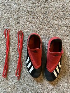 boys adidas indoor soccer shoes - size 4.5