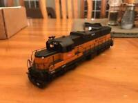 Milwaukee Road SD10 conversion kit for Walthers SD7 HO scale-Lines West Products