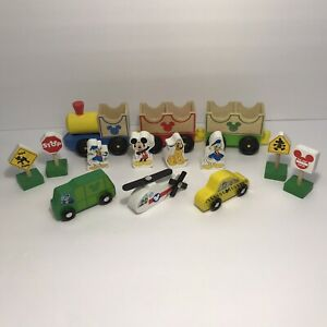 Mixed Lot of 14 Melissa & Doug Disney Wooden Playset Cars Train Figures & Signs