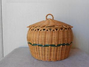 Vintage French Sewing WICKER BASKET w/ lid