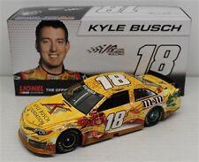 NASCAR  KYLE BUSCH #18 HOLIDAY FOUNDATION M&MS 1/24 DIECAST CAR