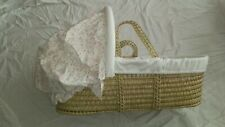 Palm Moses Basket & Rocking Stand