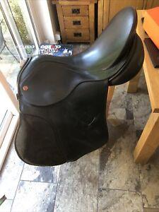 Albion Selecta Saddle - Black - 17 1/2 Narrow