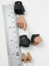 Hot Toys The Expendables BARNEY ROSS 1/6 HANDS (4)