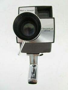 BELL & HOWELL AUTOLOAD SUPER 8 MOVIE CAMERA KIT  PARTS ONLY Or Decorative