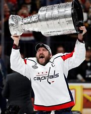 ALEX OVECHKIN 8X10 PHOTO HOCKEY WASHINGTON CAPITALS PICTURE WITH CUP