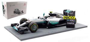 Spark 18S250 Mercedes W07 Abu Dhabi GP 2016 World Champion - Nico Rosberg 1/18