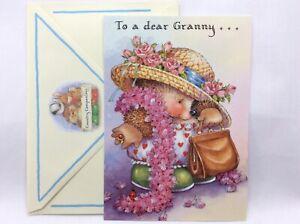 Lovely  Hallmark Country Companions Happy Birthday Granny card with Hedgehog